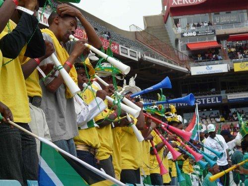 mundial10_putasvuvuzelas.jpg